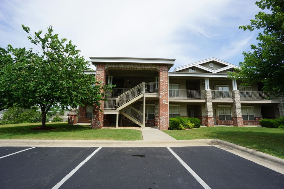 201  Golfview Drive #9 Branson, MO 65616