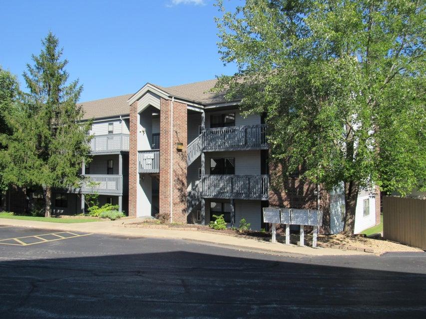 128  Bunker Ridge Drive Branson, MO 65616
