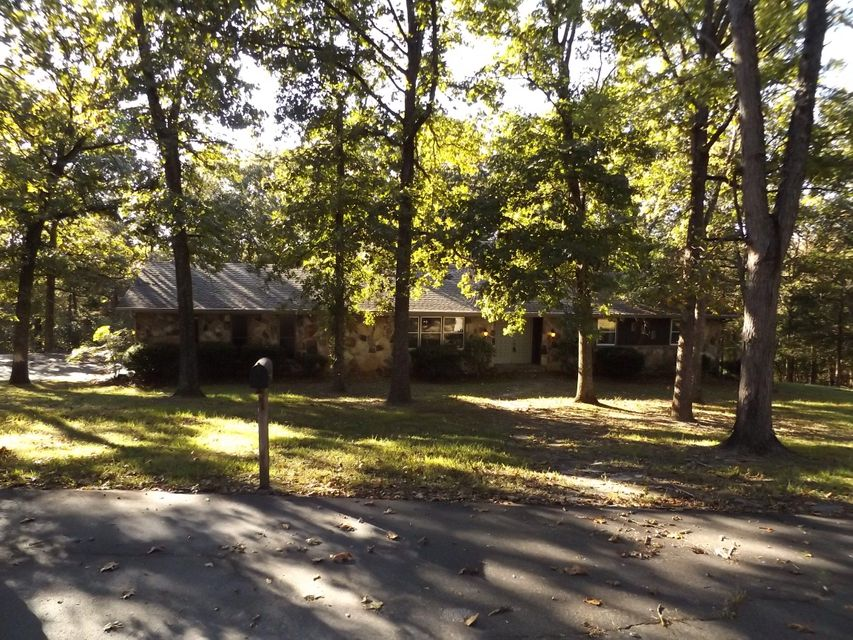1159  Bee Creek Road Branson, MO 65616