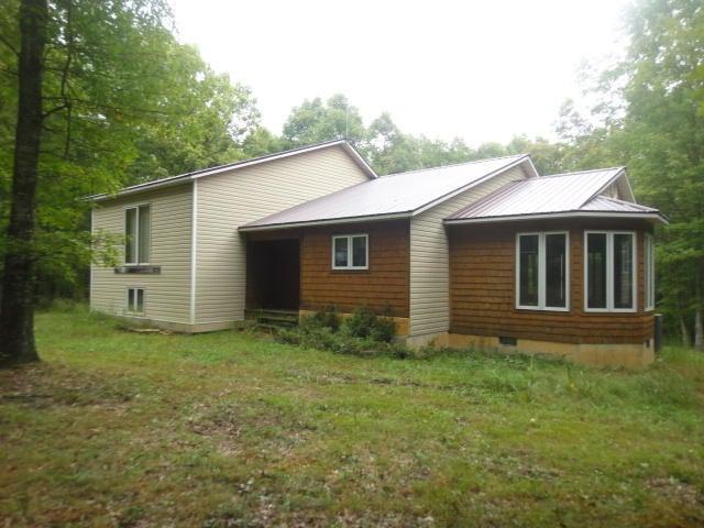 7430  Comanche Trail Raymondville, MO 65555