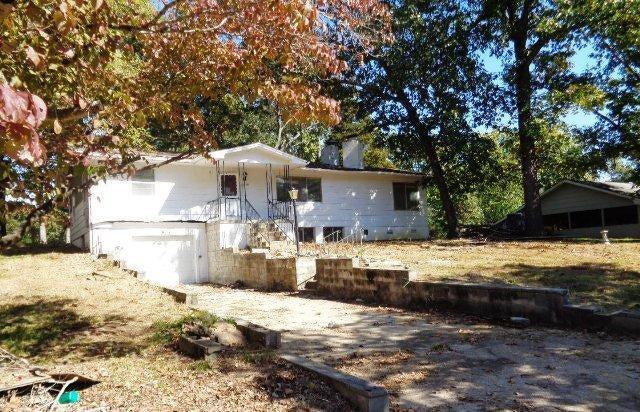 177  Oak Drive Forsyth, MO 65653