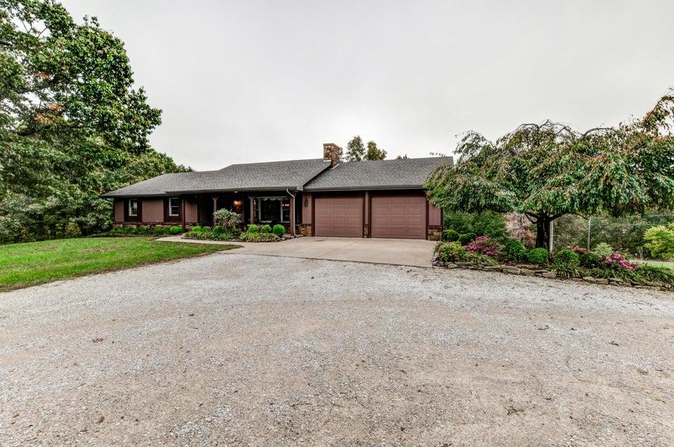 447  Keystone Road Reeds Spring, MO 65737
