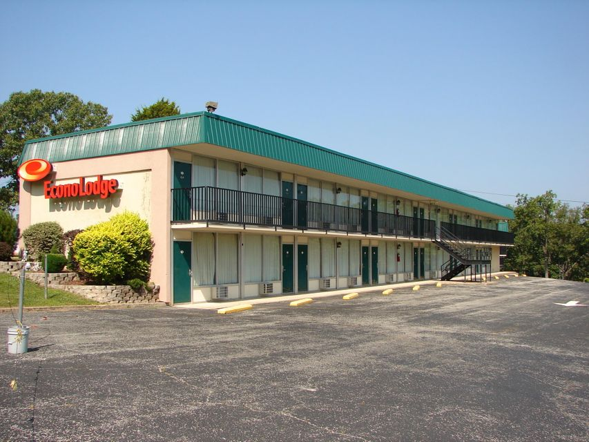 17483 Business Hwy 13 Branson West, MO 65737