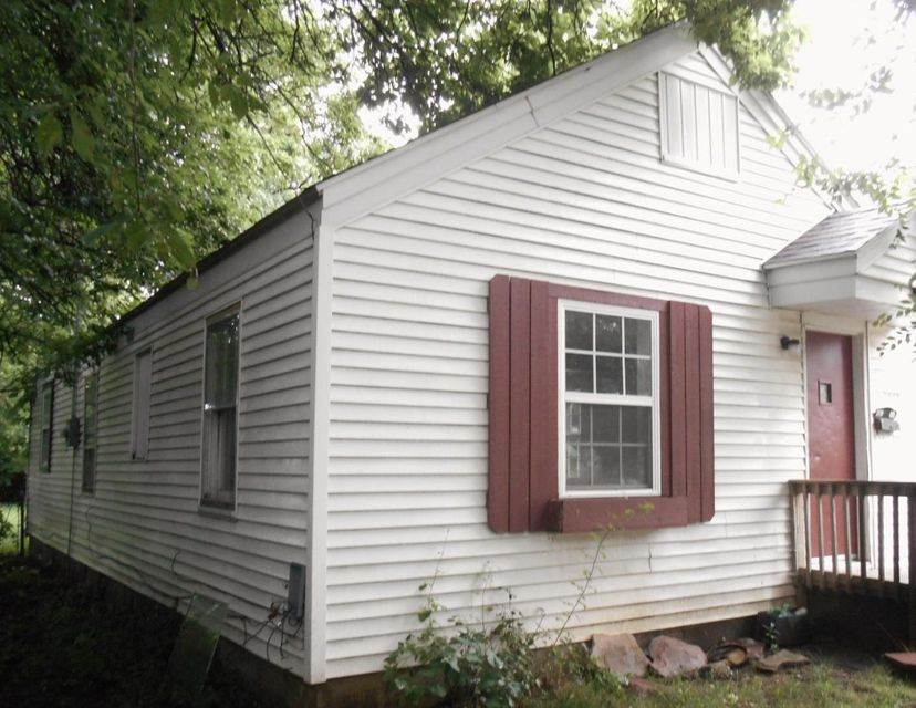 1847 West Chestnut Street Springfield, MO 65802