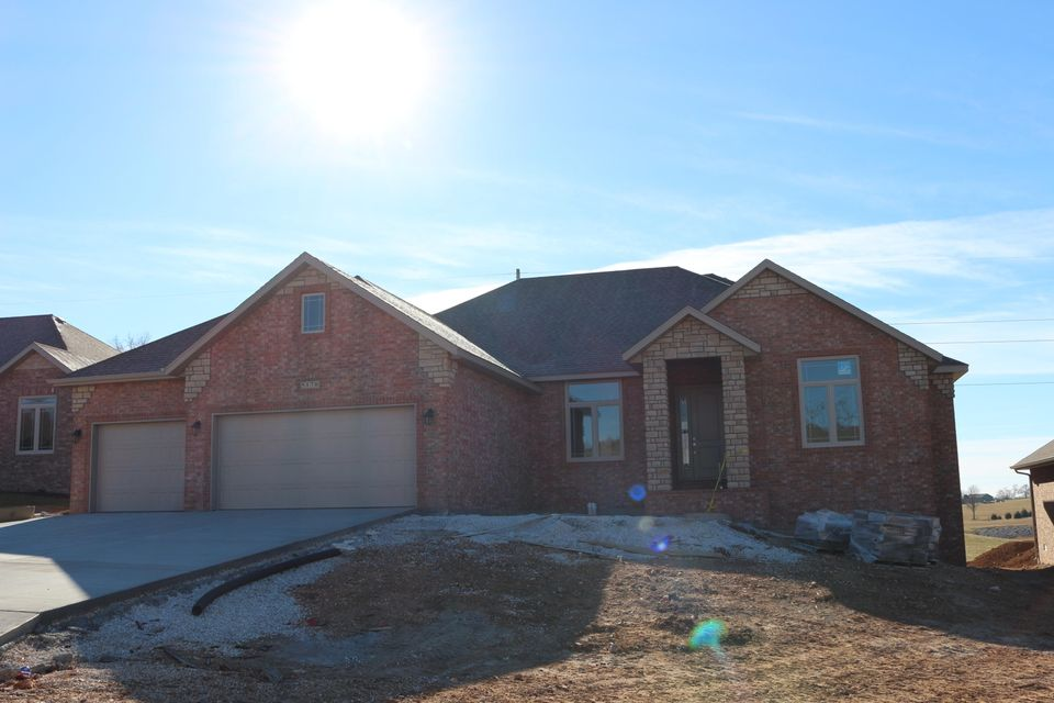 5170 East Wild Horse Drive Springfield, MO 65802