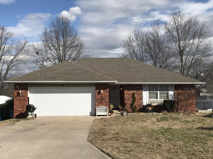 204 South Poplar Court Nixa, MO 65714