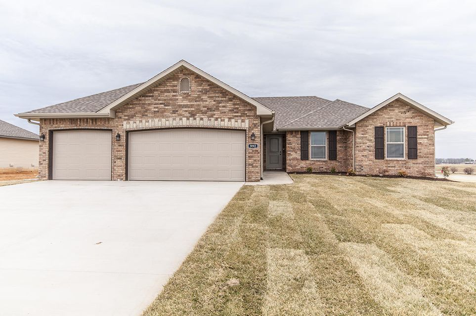 1924 North Brookhollow Drive #lot 71 Nixa, MO 65714