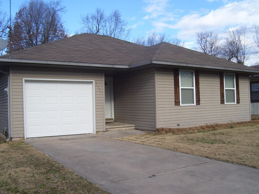 2141 West Brower Street Springfield, MO 65802
