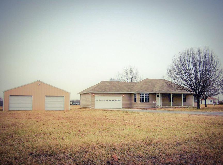 1175 South Sha Ree Lane Bolivar, MO 65613