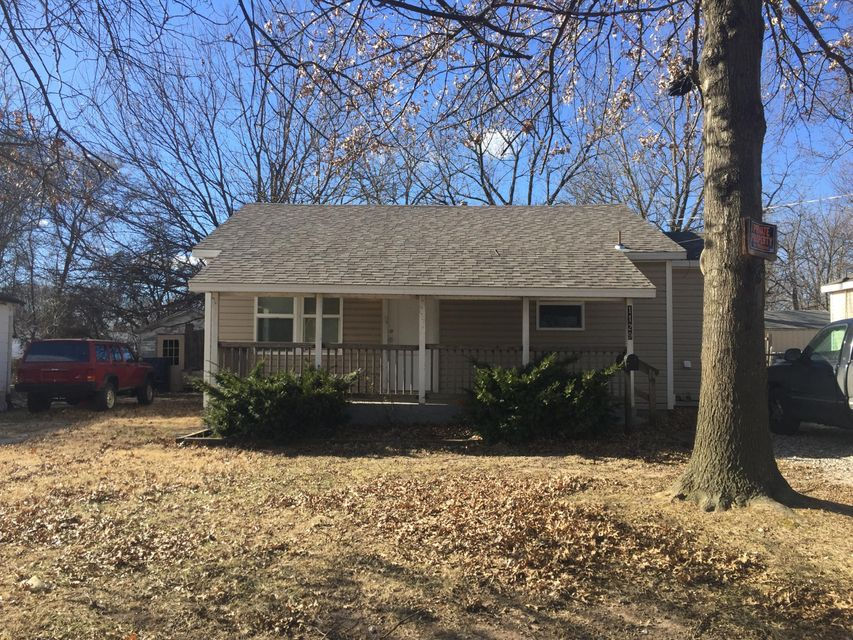 1129 North Fulbright Avenue Springfield, MO 65802