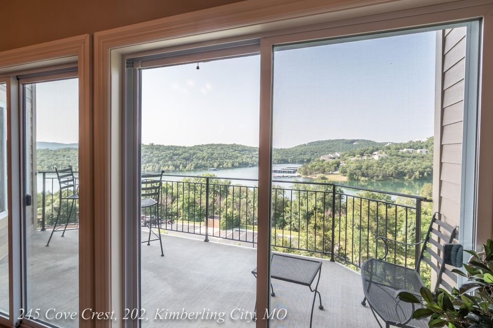 245  Cove Crest #305 Kimberling City, MO 65686