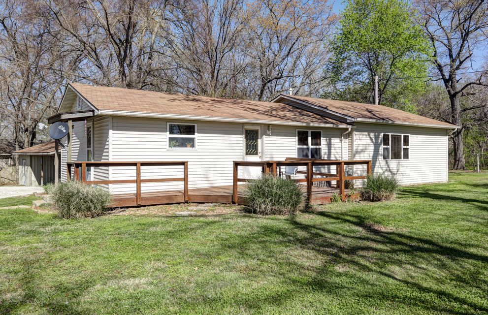 9519  East State Highway 76 Kirbyville, MO 65679