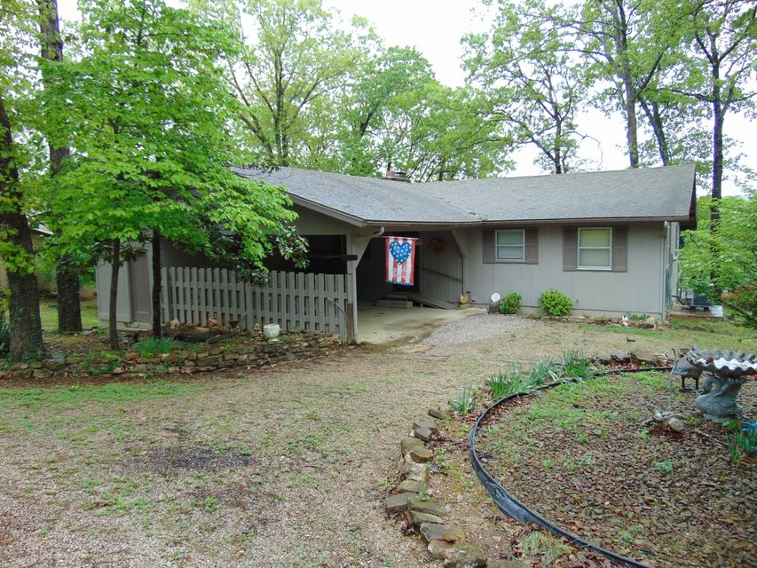 22782  E Mockingbird/goshay Golden, MO 65658