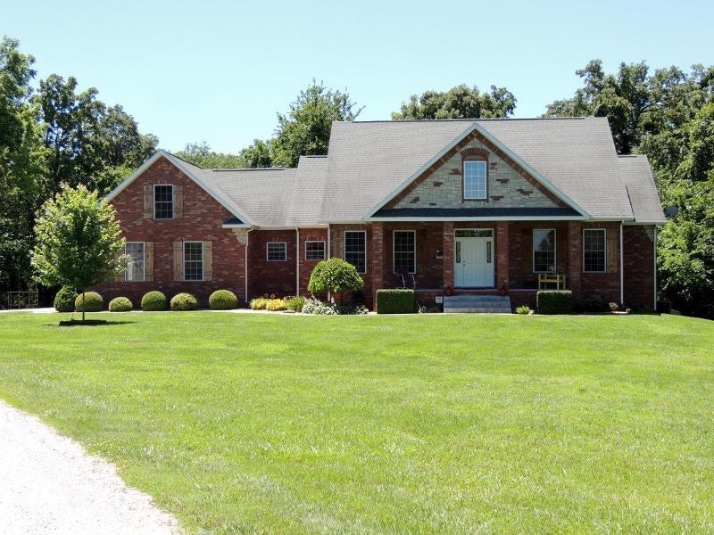 18579  Farm Road 2010 Aurora, MO 65605