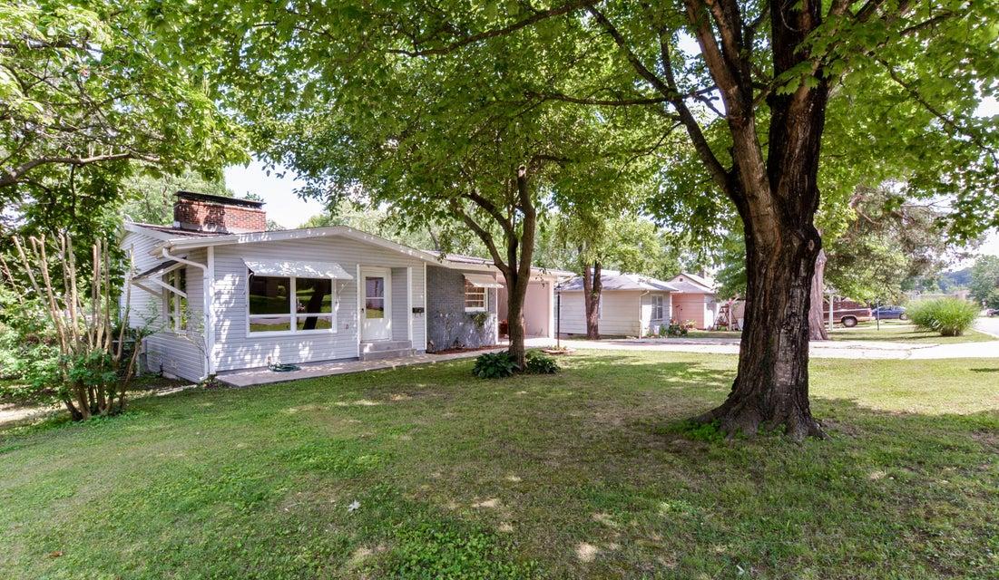 520  Eiserman Avenue Branson, MO 65616