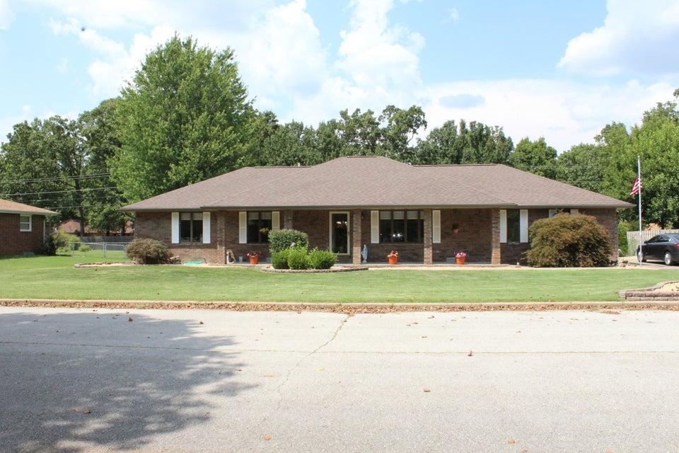 1614 South Porter Avenue Aurora, MO 65605