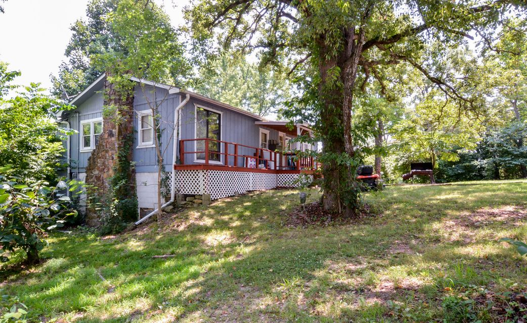 9734  State Hwy 76 Kirbyville, MO 65679