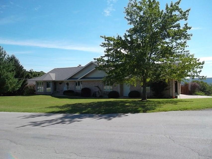 30  Hickory Kimberling City, MO 65686