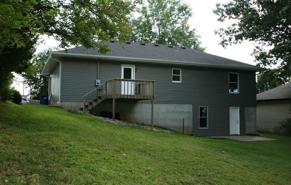 1905 South 16TH Street Ozark, MO 65721