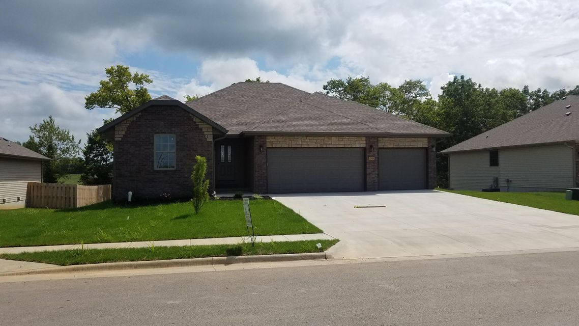 1811 East Costa Mesa Ozark, MO 65721