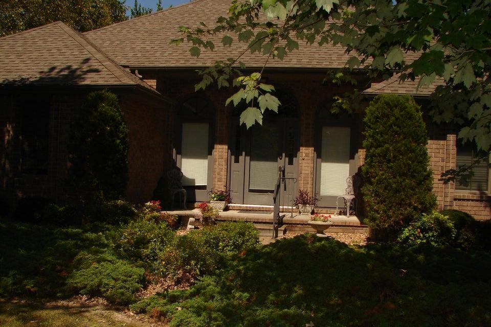 1646  Porter Ave. Aurora, MO 65605