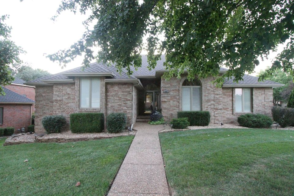 4805 South Pratt Avenue Springfield, MO 65804