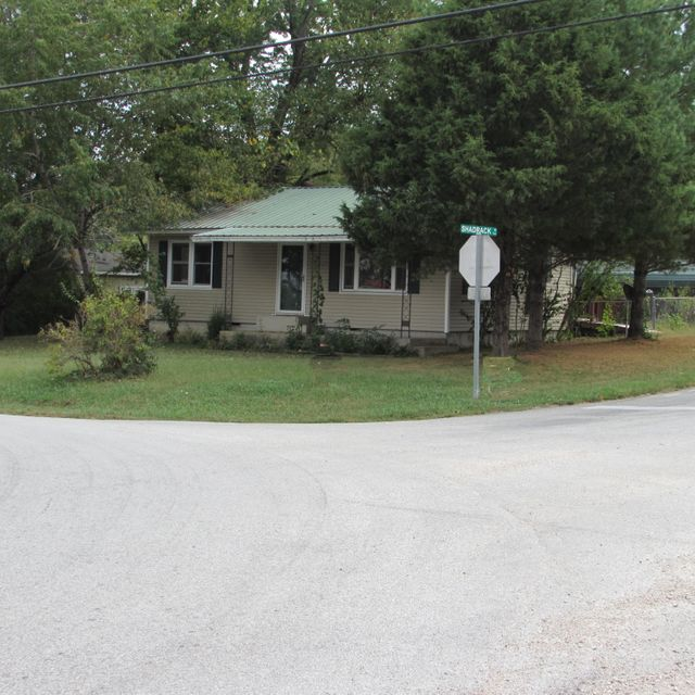8532 West State Highway 76 Cape Fair, MO 65624