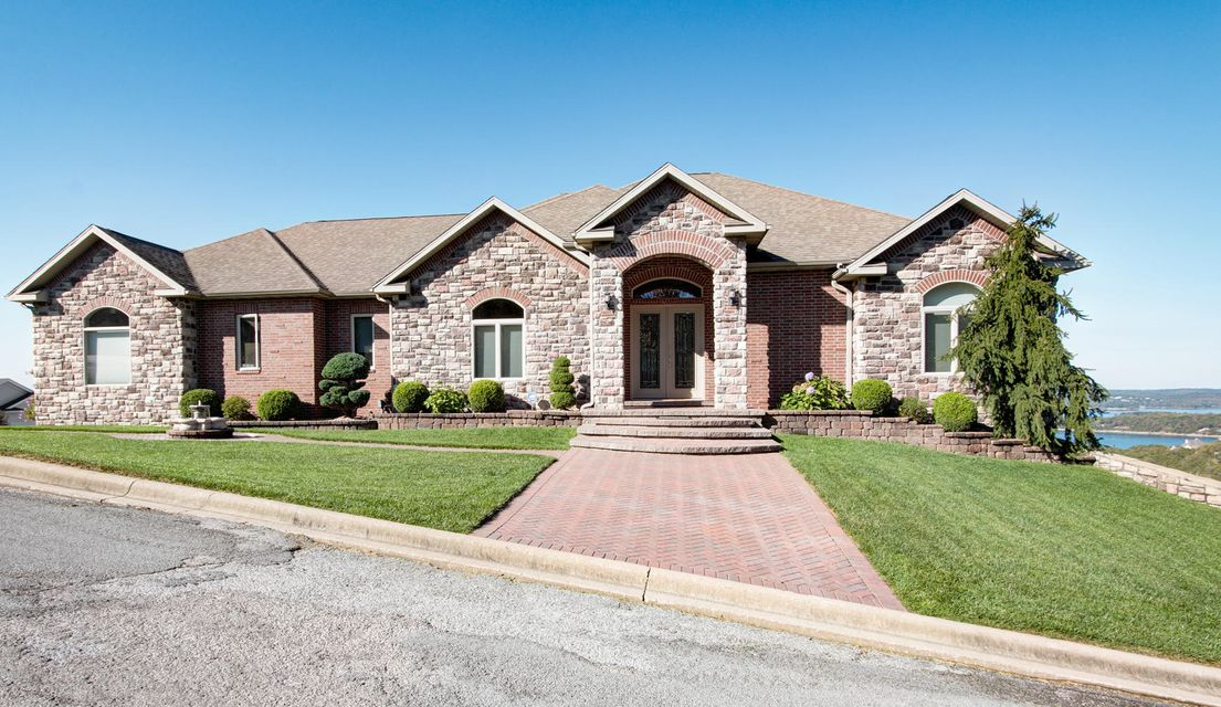 295  Split Rock Drive Hollister, MO 65672