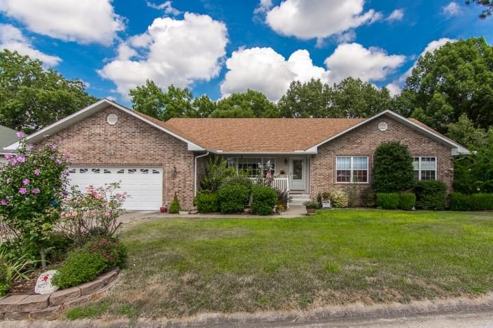 140  Alysse Lane Hollister, MO 65672