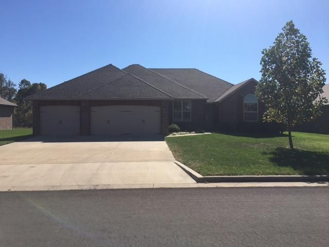 3758 West Apple Blossom Terrace Battlefield, MO 65619