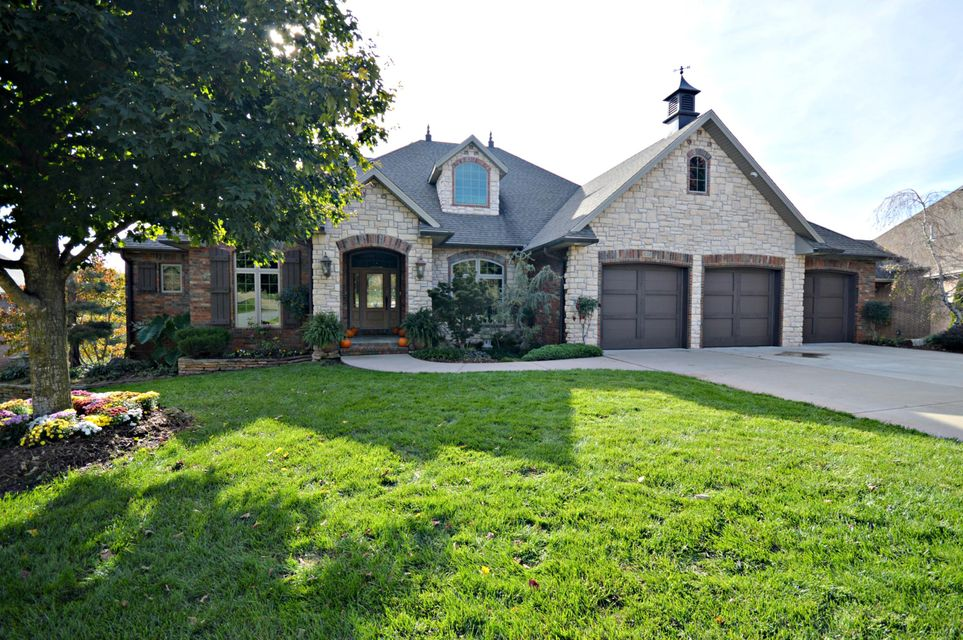 5921 South Brightwater Trail Springfield, MO 65810