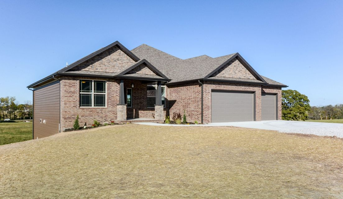 141  Lilac Lane Clever, MO 65631