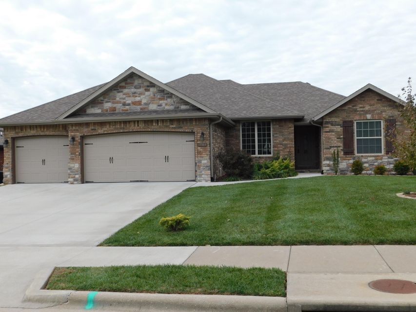 5703 South Winsor Drive Battlefield, MO 65619