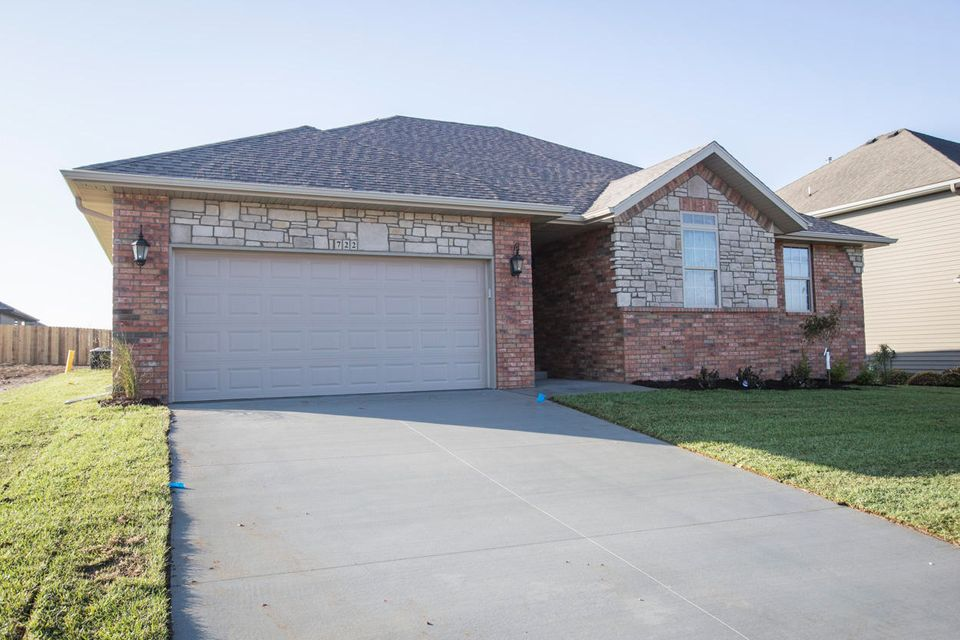 722  Placer Mill Road Nixa, MO 65714