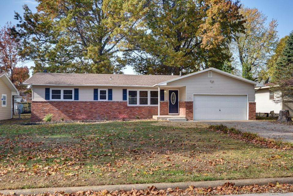 739 North Belview Avenue Springfield, MO 65802