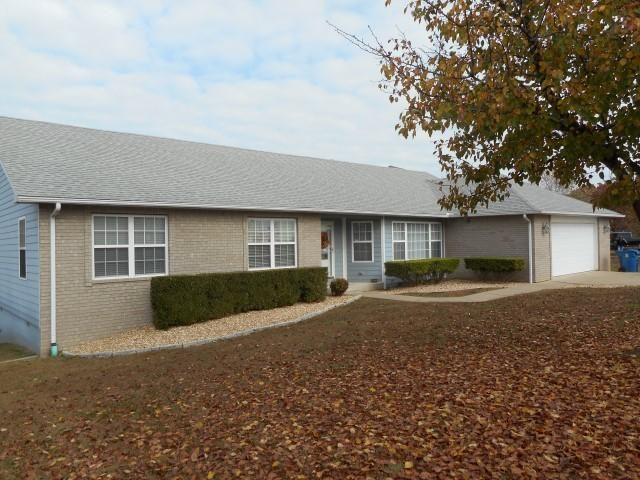 639  Fruit Farm Road Hollister, MO 65672