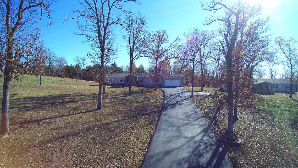 821  Lake Ranch Road Kissee Mills, MO 65680
