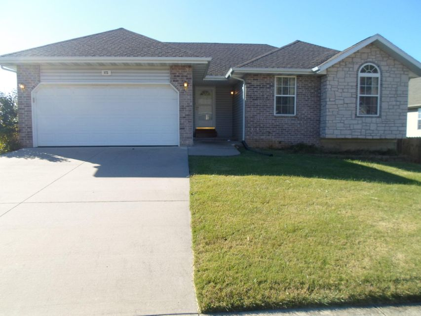 975  Redwood Street Nixa, MO 65714