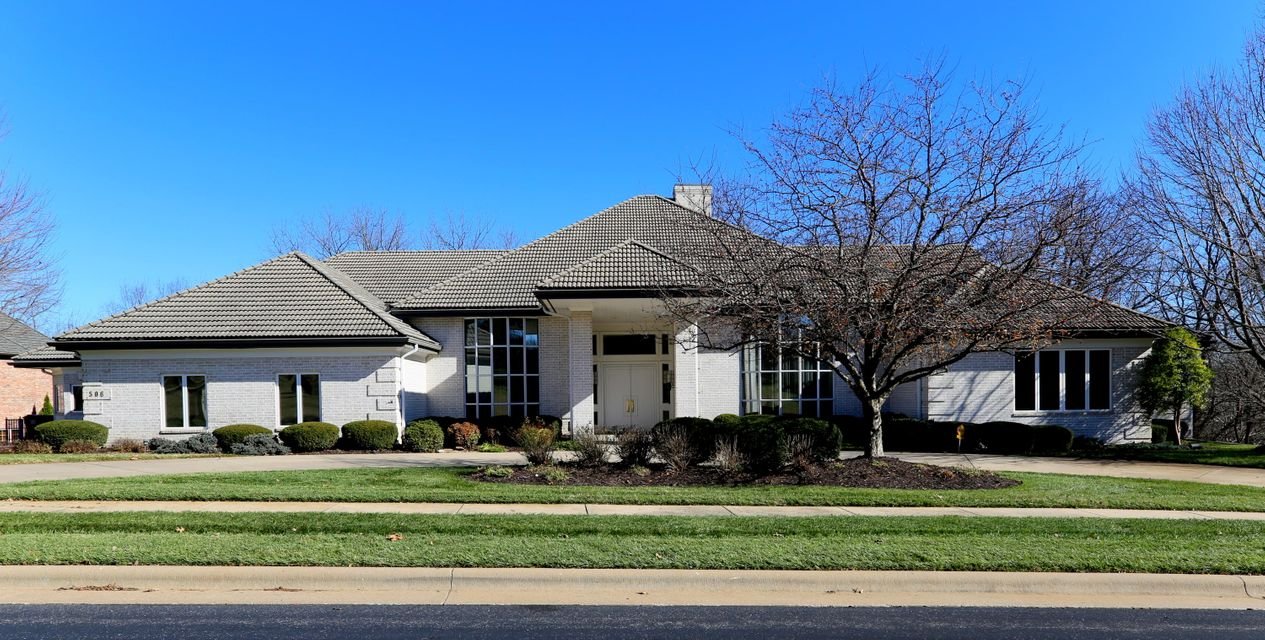506 South Oaks Drive Springfield, MO 65809