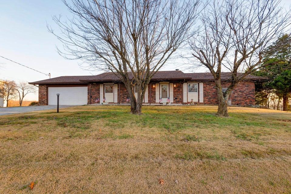 25  James River Road Kimberling City, MO 65686