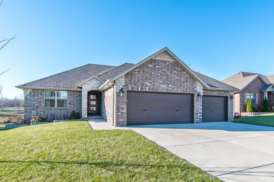 2099 North Citation Avenue Springfield, MO 65802