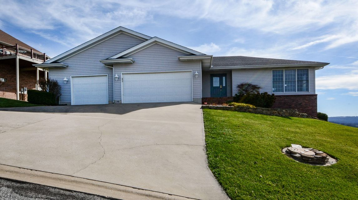 290  Split Rock Drive Hollister, MO 65672