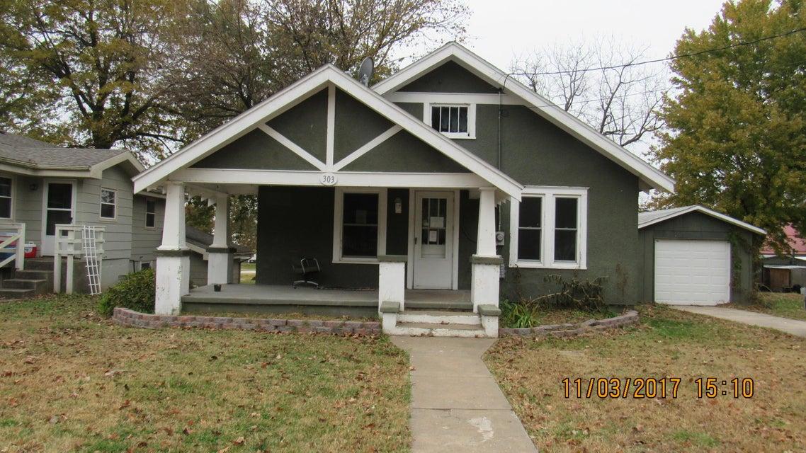 303 North Chandler Avenue Ash Grove, MO 65604