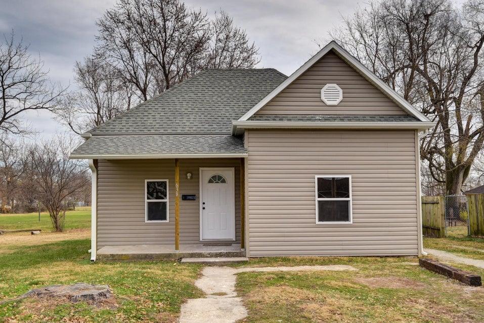 638 North La Fontaine Avenue Springfield, MO 65802