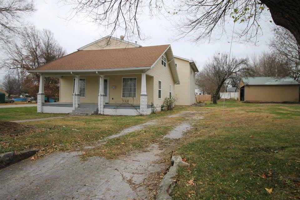 2256 North Fort Avenue Springfield, MO 65803