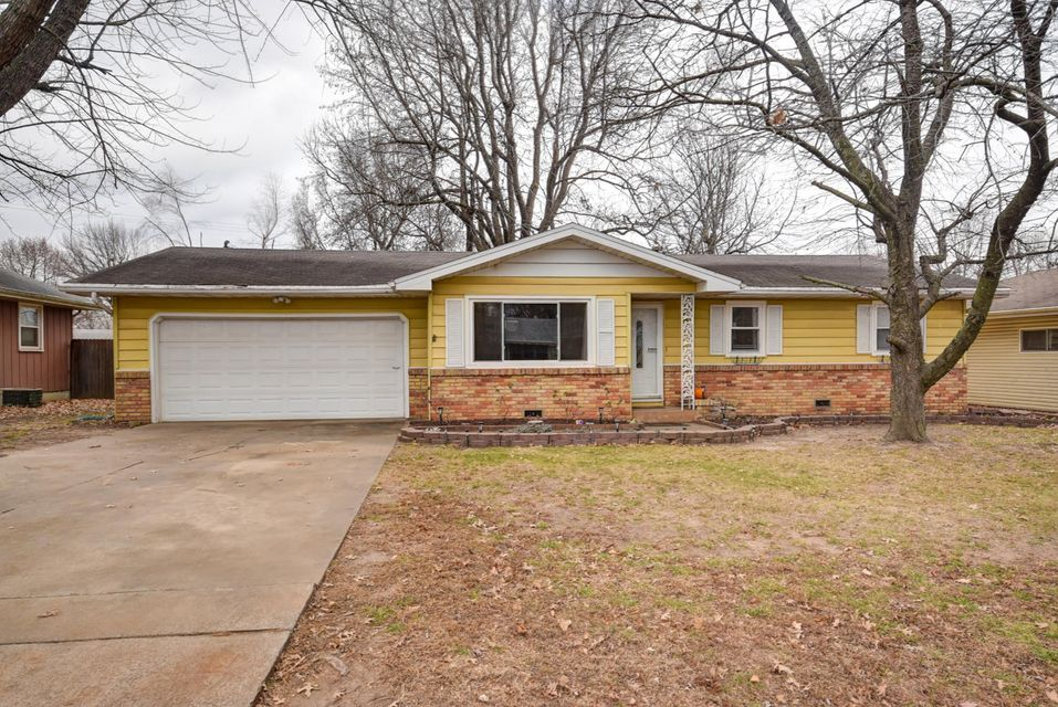 1241 East Woodland Street Springfield, MO 65804