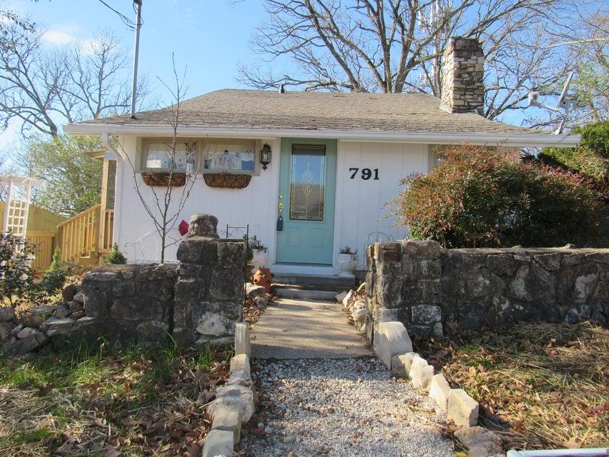 791  Knox Avenue Hollister, MO 65672