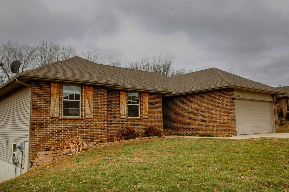 3303 North 31TH Street Ozark, MO 65721