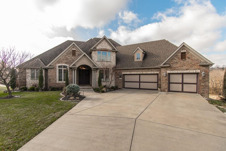 5931 South Northern Ridge Road Springfield, MO 65810
