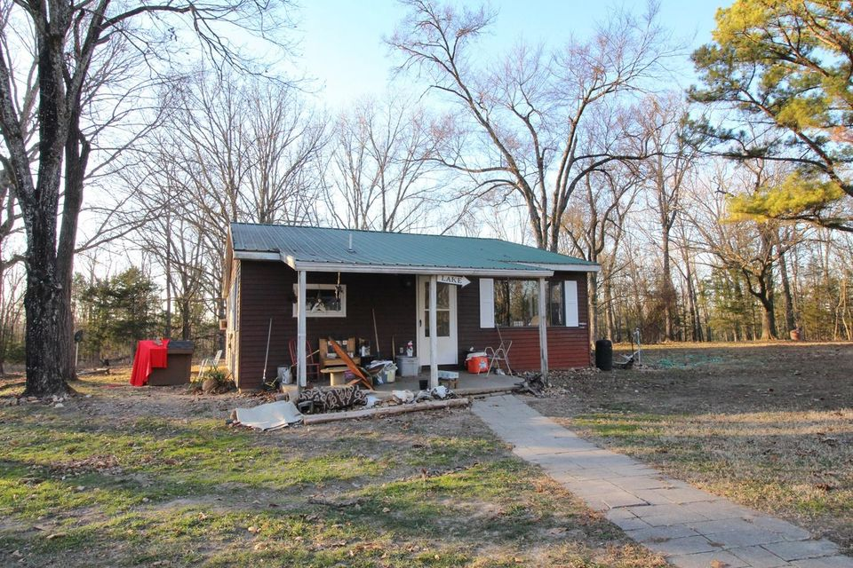 1132  Cotton Rock Road Cedar Creek, MO 65627